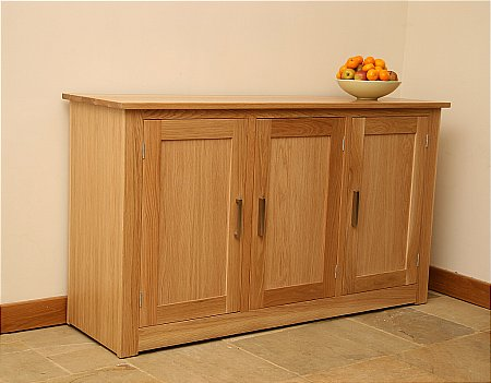 Elements 5ft Sideboard with 3 Doors