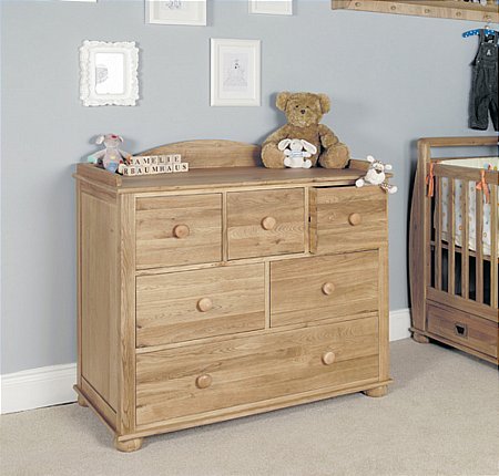Amelie Oak Chest of Drawers and Changer