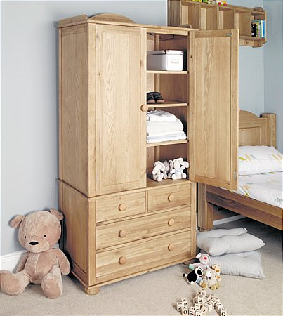Amelie Oak Double Wardrobe with Drawers