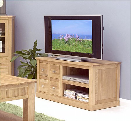 Mobel Oak 4 Drawer TV Cabinet