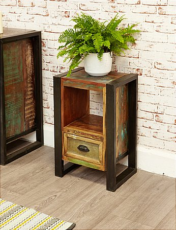 Urban Chic Lamp Table