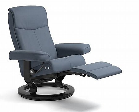 Peace Leather Recliner with Leg Comfort