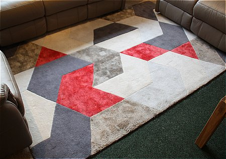 Labyrinth English Fire Rug