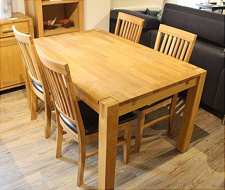 Royal Oak Extending Dining Table and 4 Chairs