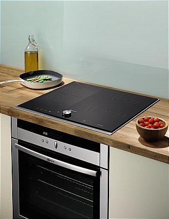 neff series 5 t44t43n flexinduction hob. Black Bedroom Furniture Sets. Home Design Ideas