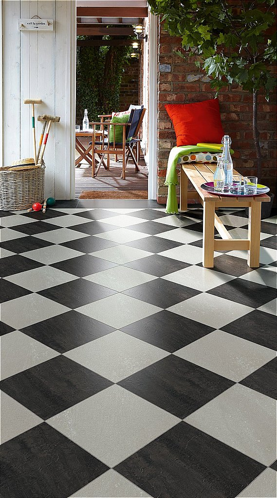 Ceramic tile on vinyl floor