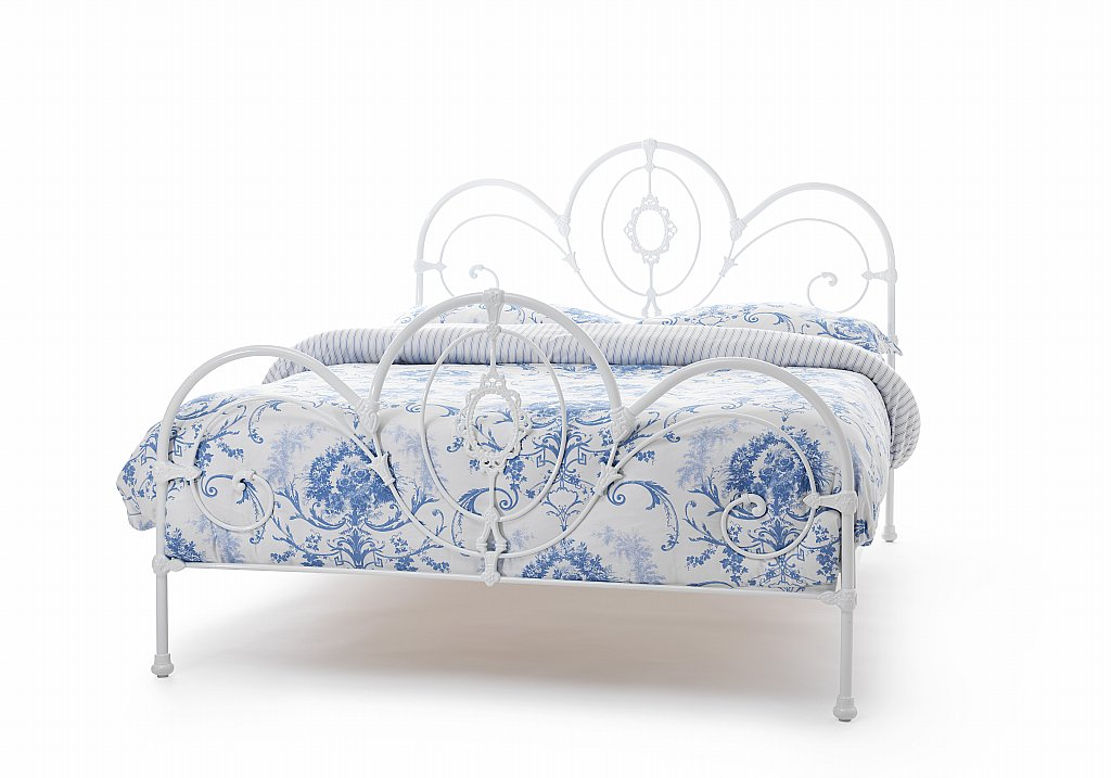 Serene - Harriet Bedstead in White