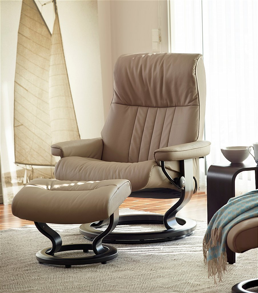 Stressless - Crown Leather Recliner with Classic Base