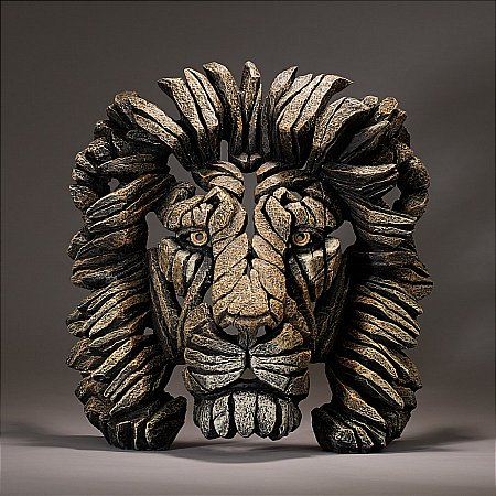 13704/Edge-Sculpture/Lion-Bust-in-Savannah