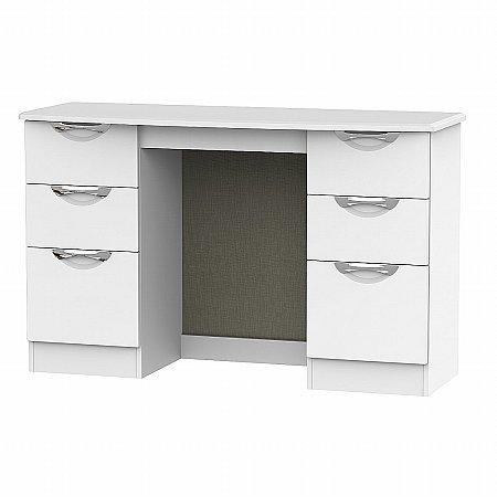 Sturtons - Hamble Kneehole Dresser