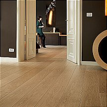 Quick Step - Largo Natural Varnished Oak Planks