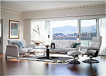 Stressless Metropolitan Sofas and Skyline Chair in Batick Snow
