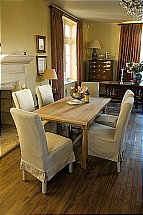 Neptune - Interior Sheldrake 150 Oak Table Dining Set