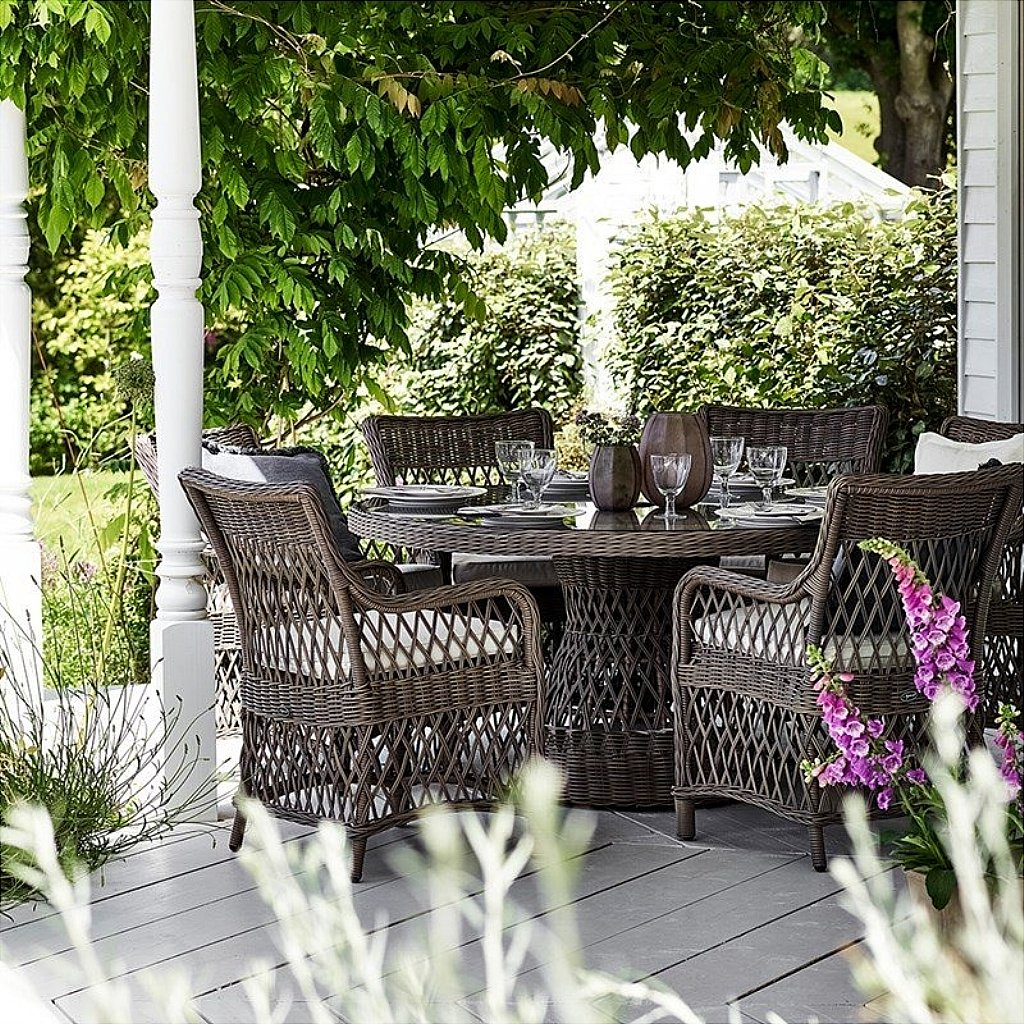 Neptune Harrington Garden Dining Set - Round Table